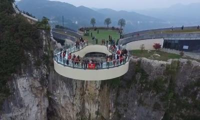 重慶云陽龍缸 玻璃廊橋經典落地案例